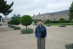 Candace at the Lourve